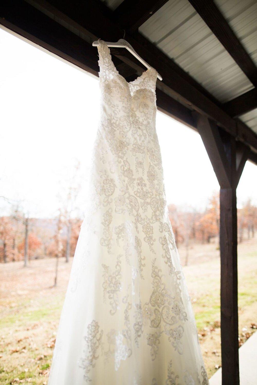 Tulsa Wedding Venue White Barn 8a.jpg