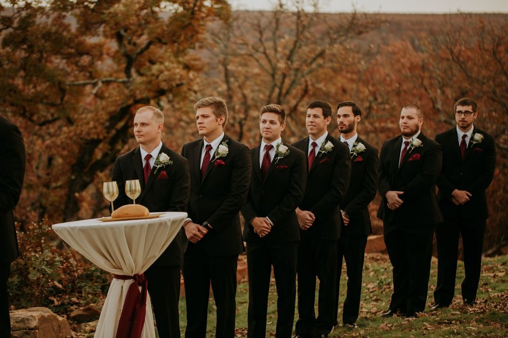 Tulsa Wedding Venue White Barn 15a.jpg