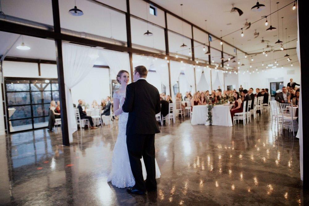 Tulsa Wedding Venue White Barn 20.jpg