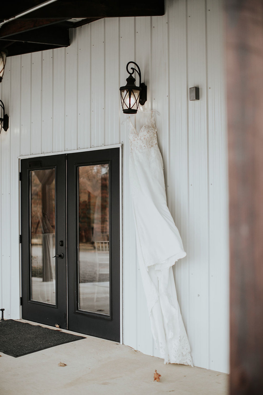 Tulsa Wedding Venue Bixby White Barn 3.jpg