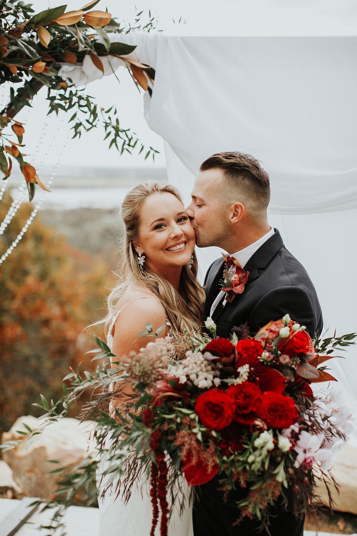 Tulsa Wedding Venue Bixby White Barn 26.jpg