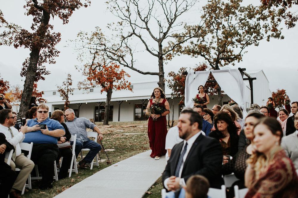 Tulsa Wedding Venue Bixby White Barn 14.jpg
