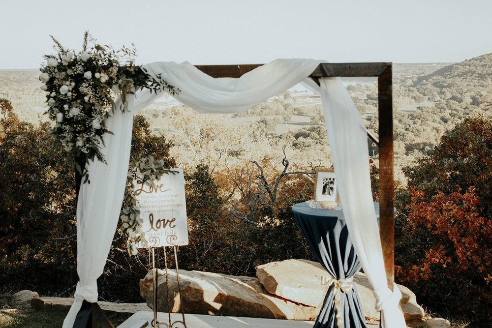 Bixby Tulsa Wedding Venue White Barn 34.jpg