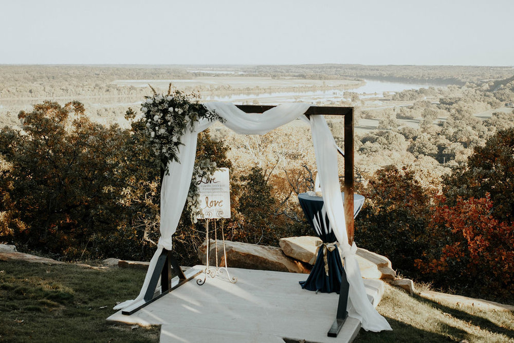 Bixby Tulsa Wedding Venue White Barn 35.jpg