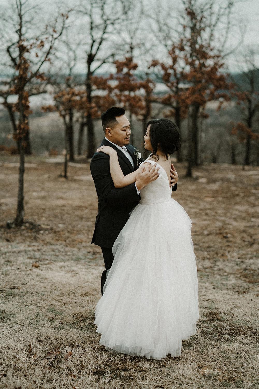 Bixby Tulsa White Barn Wedding Venues 11.jpg