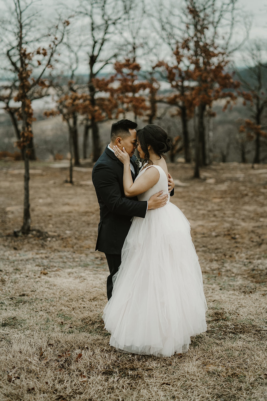 Bixby Tulsa White Barn Wedding Venues 12.jpg