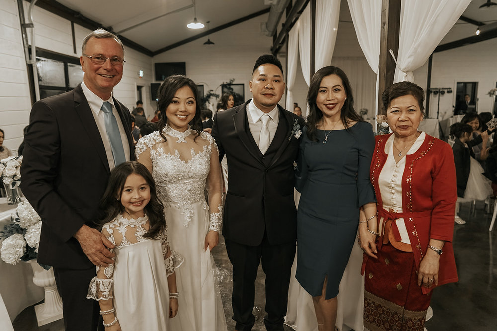 Bixby Tulsa White Barn Wedding Venues 20b.jpg