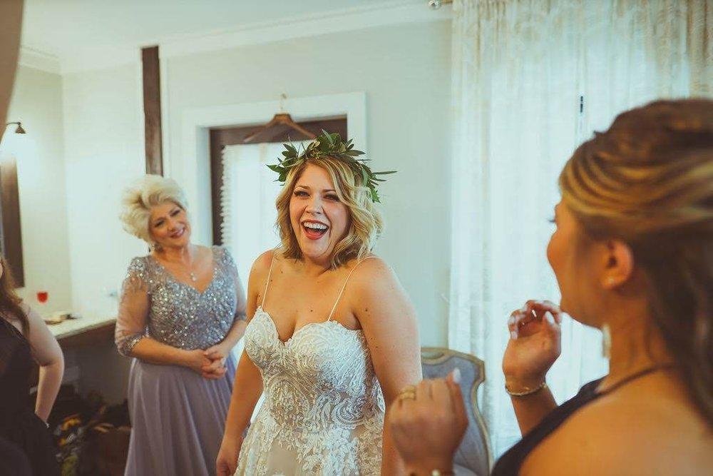 Tulsa White Barn Wedding Venue 5.jpg