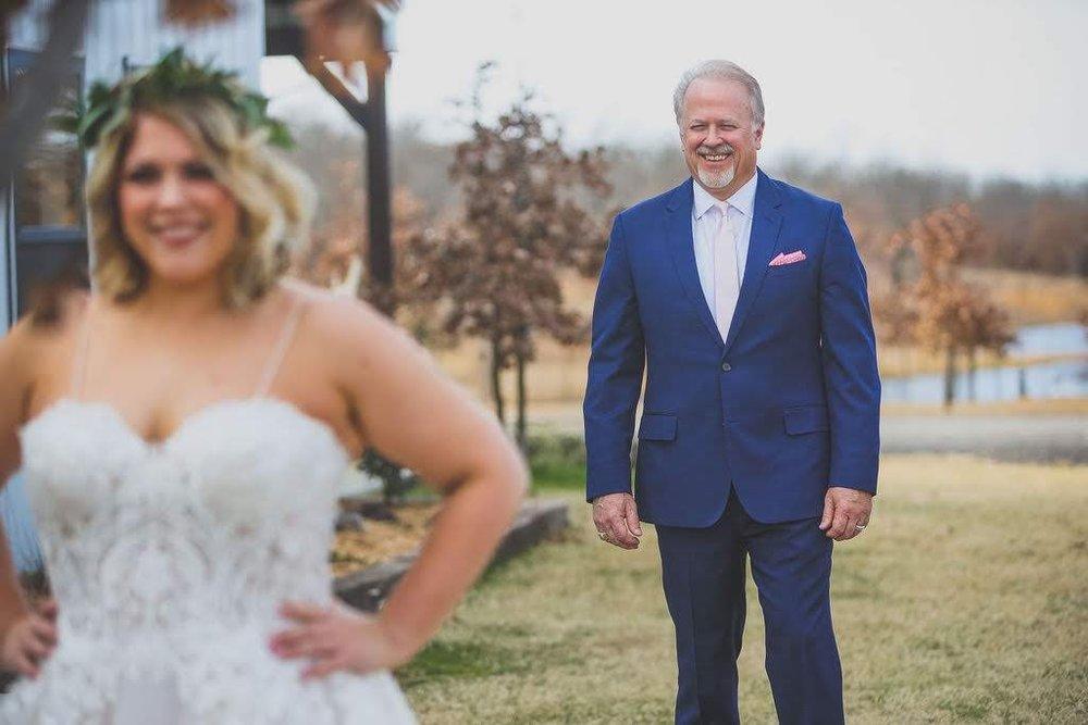 Tulsa White Barn Wedding Venue 6.jpg