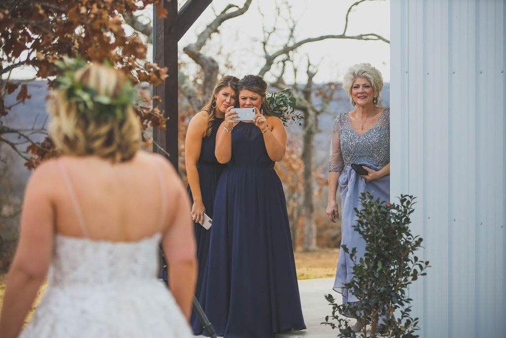 Tulsa White Barn Wedding Venue 7.jpg
