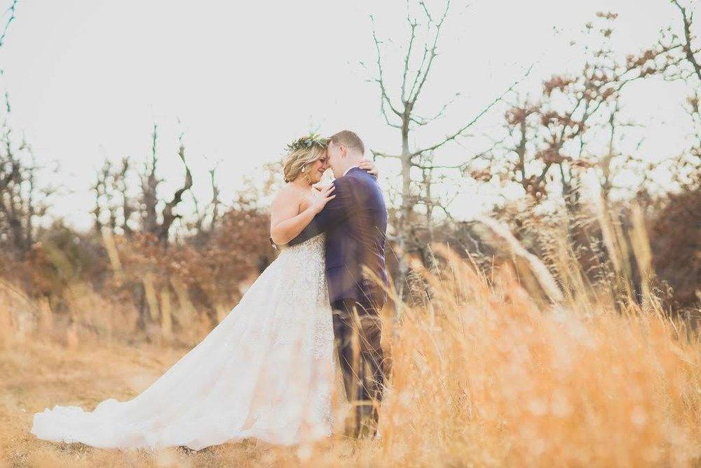 Tulsa White Barn Wedding Venue 20.jpg
