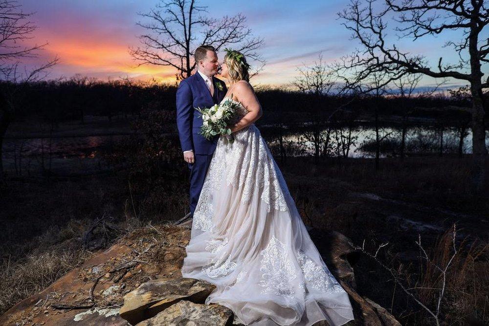 Tulsa White Barn Wedding Venue 29.jpg