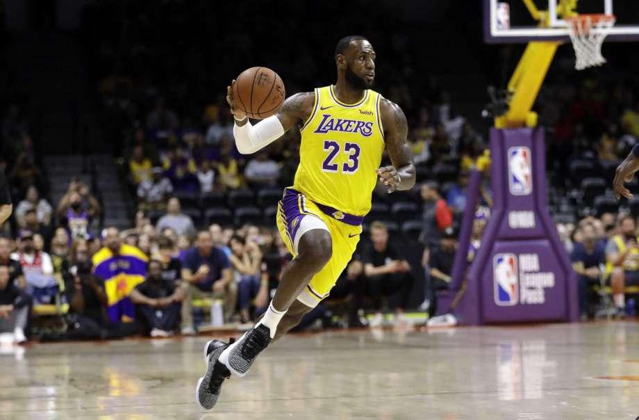 Lakers preseason.jpg