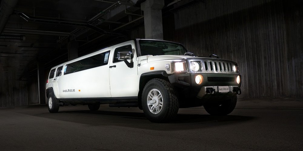 limousine_limo_luxury_car_transportation_travel_business_wealth-815918.jpg!d.jpeg
