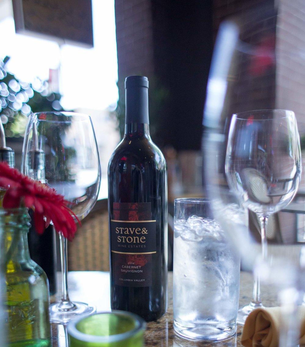 Hood River Wine Alliance Wine Walk  Columbia Gorge Downtown Tasting Rooms Wineries Drink Taste Explore-3.jpg