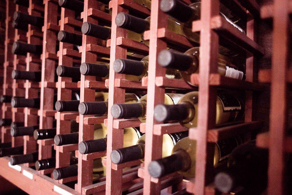 Hood River Wine Alliance Wine Walk Columbia Gorge Downtown Tasting Rooms Wineries Drink Taste Explore Columbia Gorge Oregon Washington-26.jpg