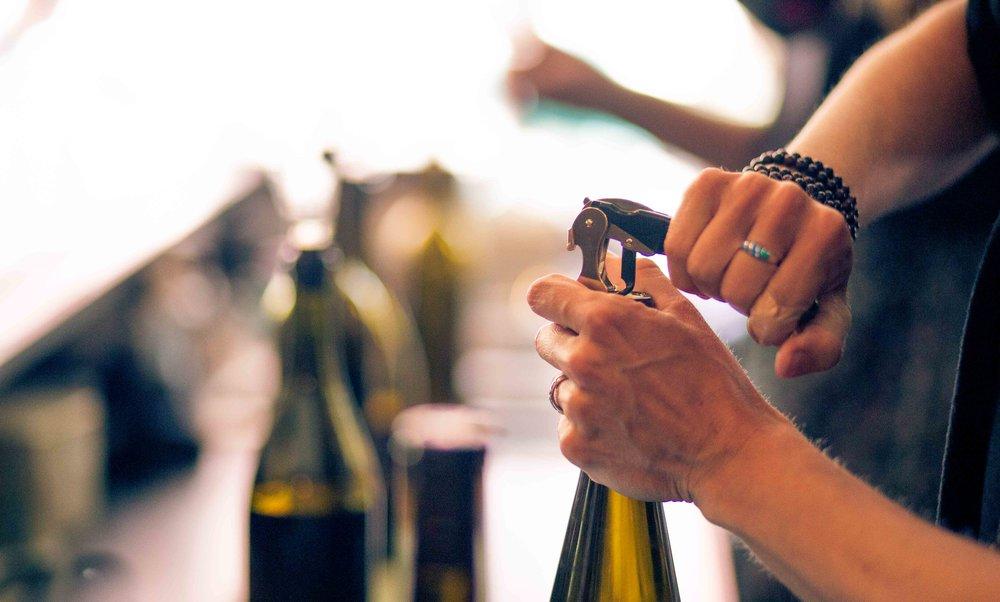 Hood River Wine Alliance Wine Walk Columbia Gorge Downtown Tasting Rooms Wineries Drink Taste Explore Columbia Gorge Oregon Washington-78.jpg