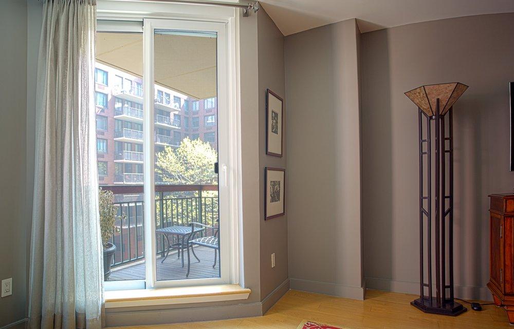 & Lift \u0026 Slide Door \u2014 Skyline Windows