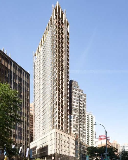 1865 Broadway Reaches Its Rooftop - October 15, 2018Skyline Windows is proud to be involved in the construction of 1865 Broadway, a new development in the upper west side of Manhattan.Learn more about the new construction project by clicking the photo.{ Via newyorkyimby.com }