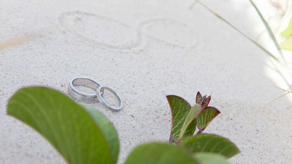 Save Money On Wedding Invitations SocialDesigns Worldwide