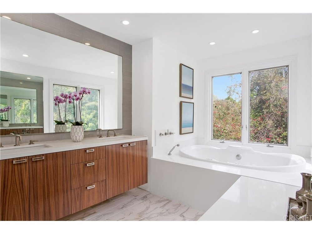 3531 ALANA DR  - Price: $1,995,000City: Sherman OaksSq Ft: 3,526MLS ID: SR17030123