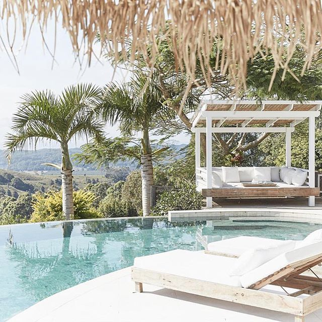 Definitely a view that makes you want to stay longer...... 🌴we are putting @picadillyhouse on the list for our next tropical escape.@whitehavana @thewhitebungalow_