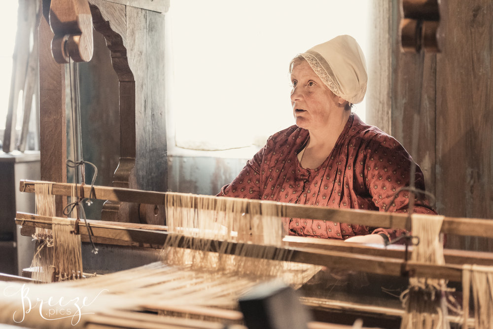 tradition weaving Holland travel photography Bernadette Meyers