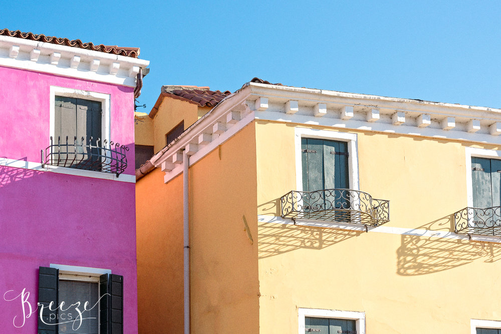 Pink_Yellow_House_Burano.jpg