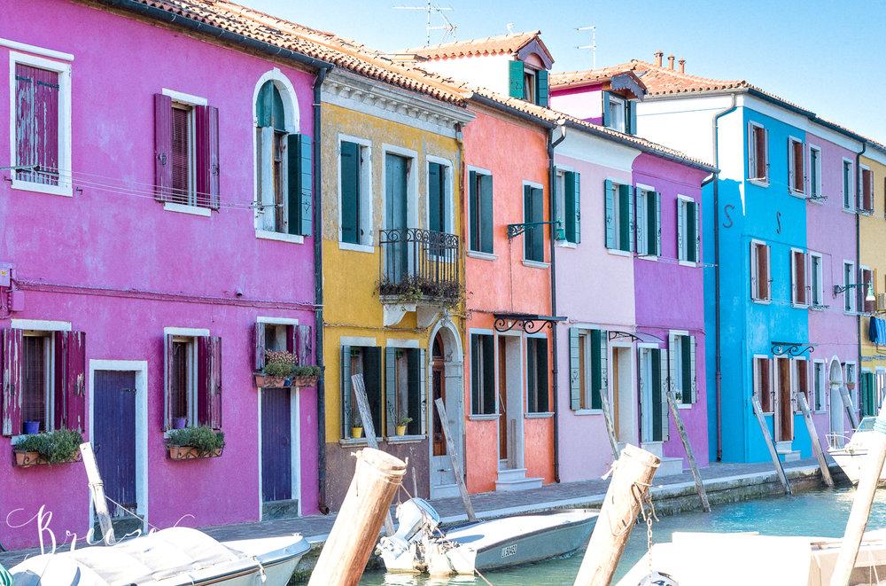 Candy_coloured_houses.jpg