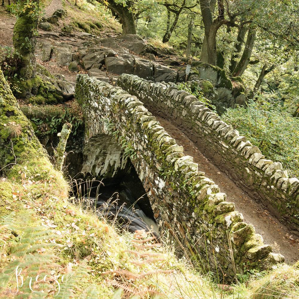 Stone_bridge_Lake_District.jpg
