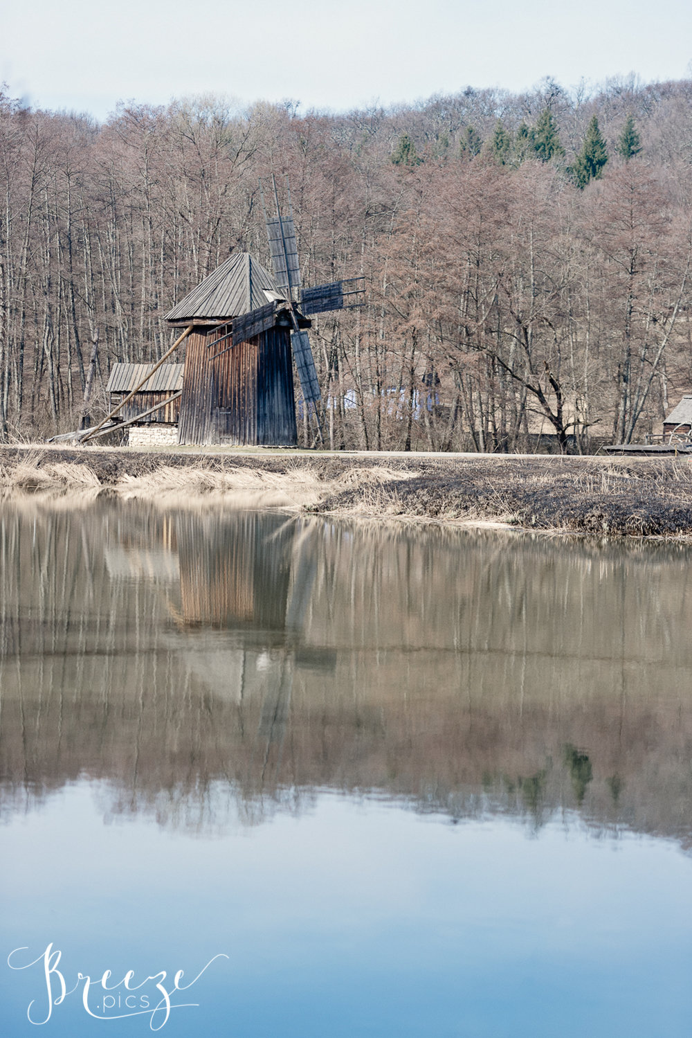Timber_Windmill_Reflection.jpg