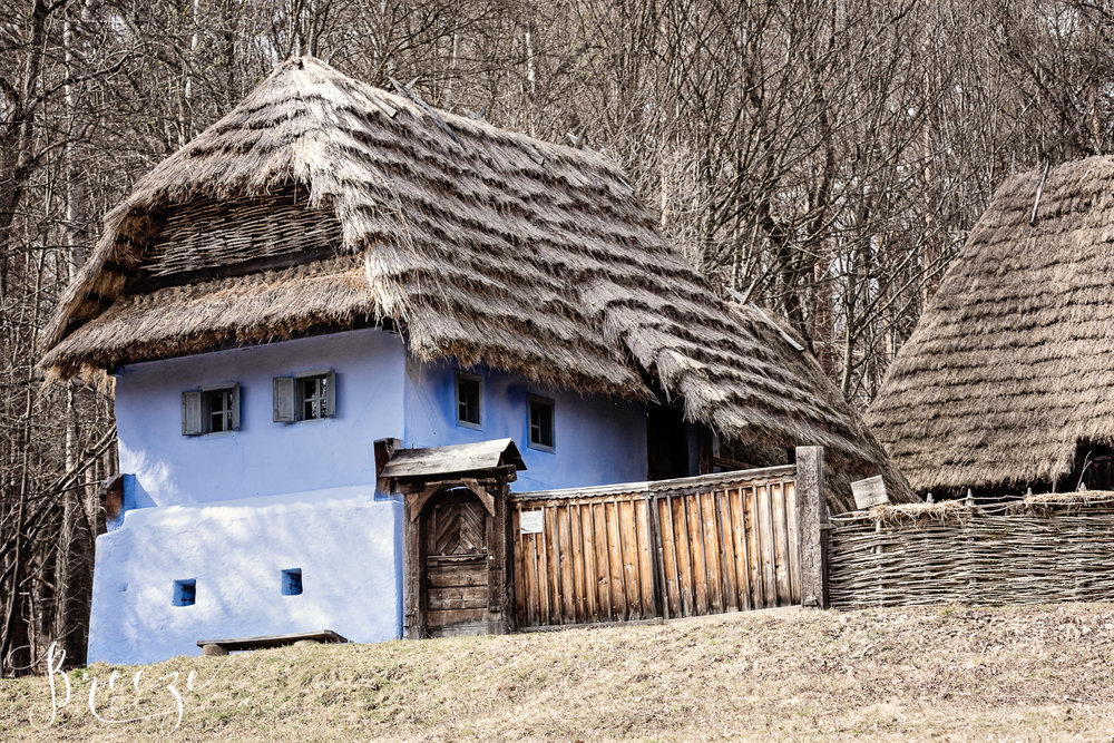 Sibiu_Traditional_House.jpg