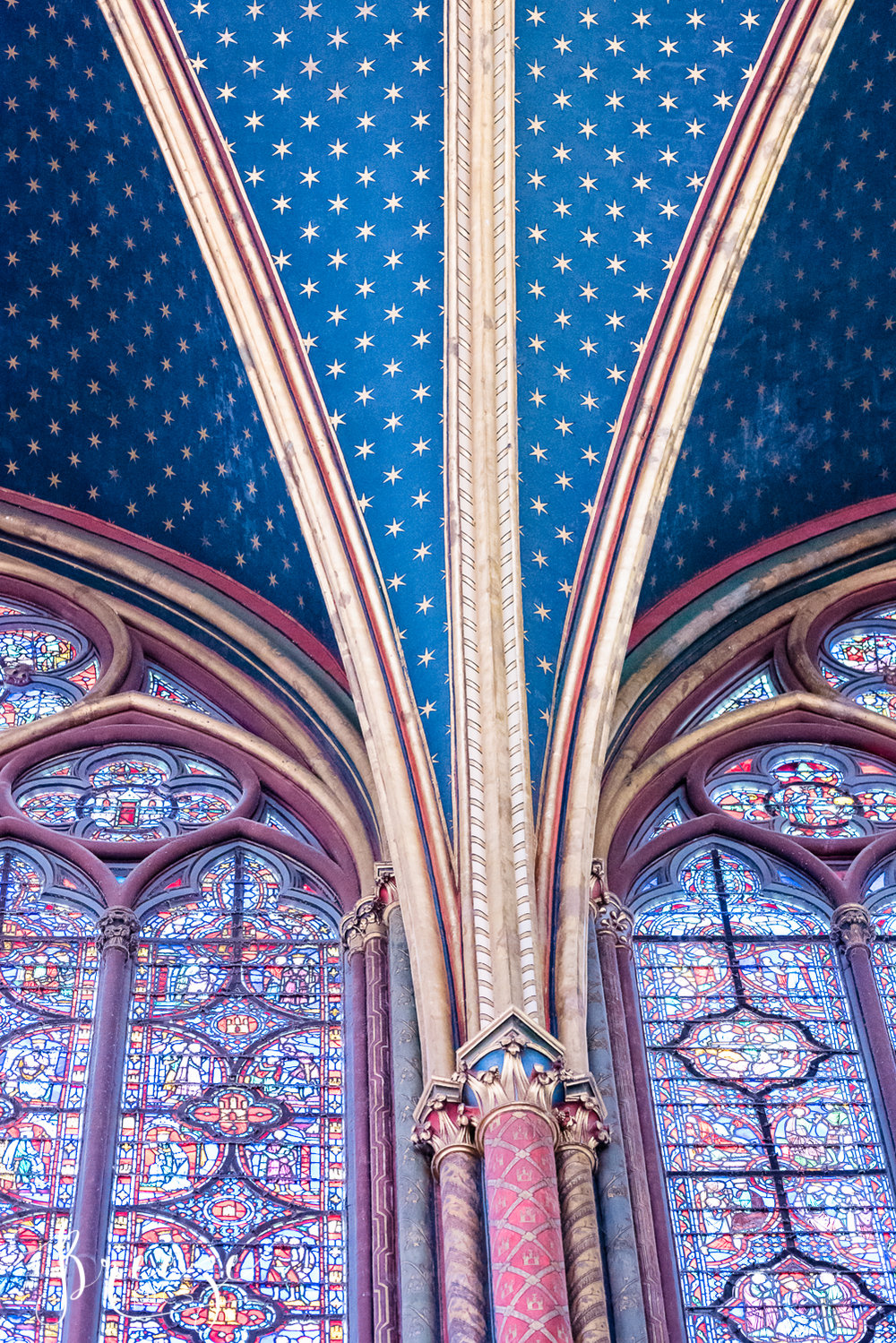 Sainte_Chapelle_Windows_Stars.jpg