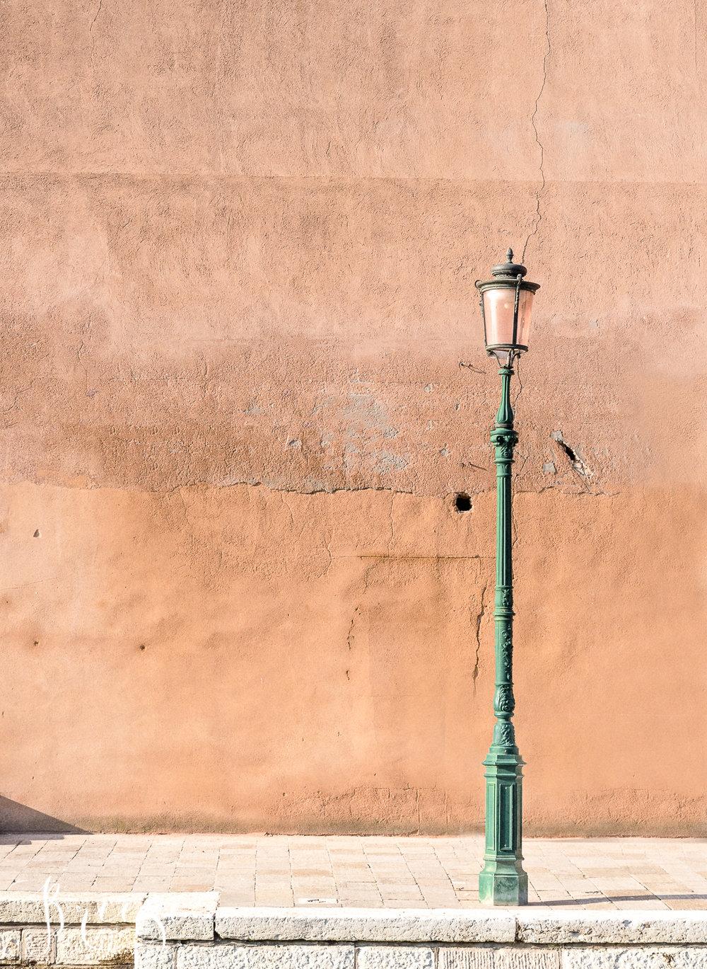 Venice_Details_Wall_Lamp.jpg
