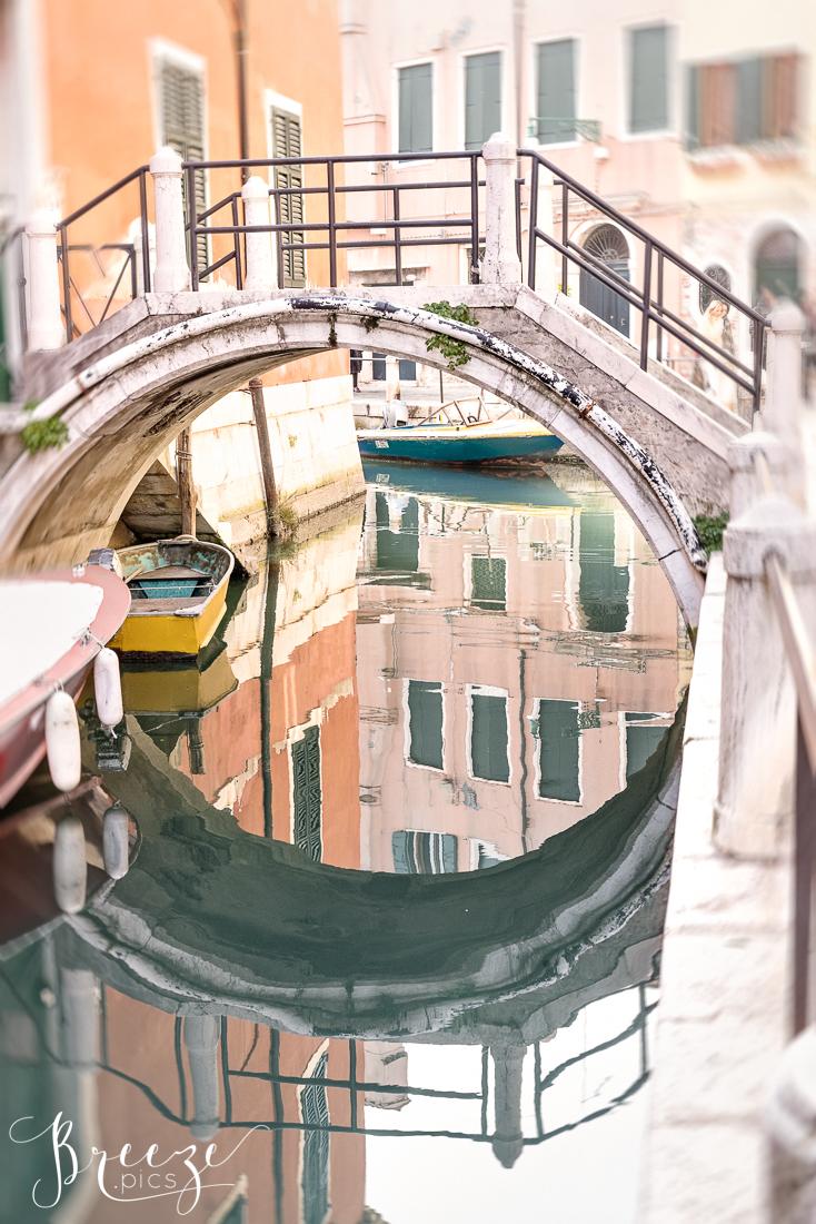 Venice_Canal_Bridge_Reflection.jpg