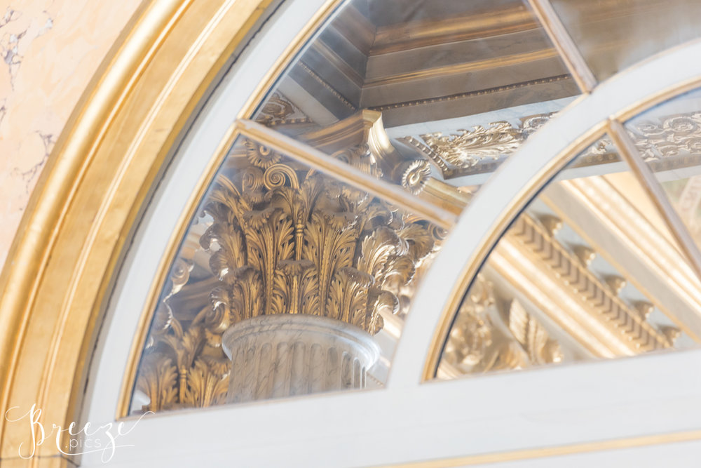 Louvre_reflection.jpg
