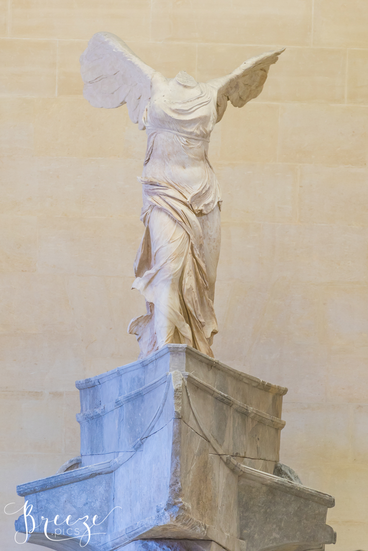 Winged_Victory_Louvre.jpg