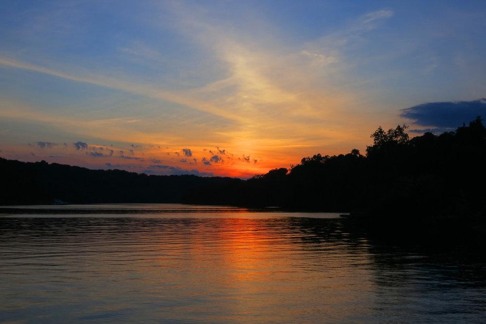 IMG_7817_3Sisters_Sunset.jpg