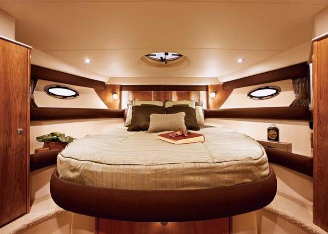 Embark Cruiser: Master stateroom