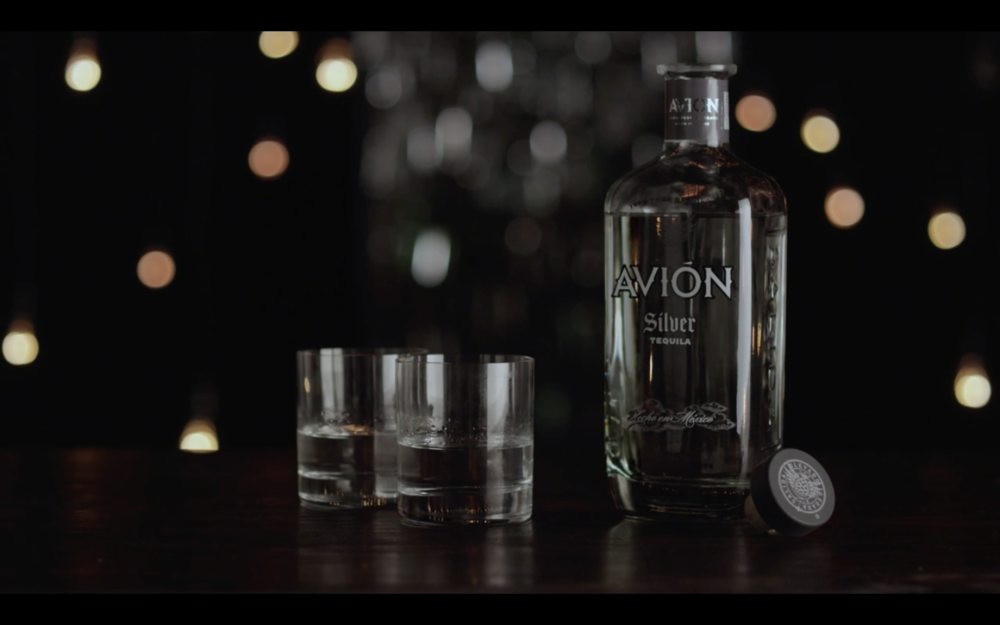 Avion. No Chaser. -