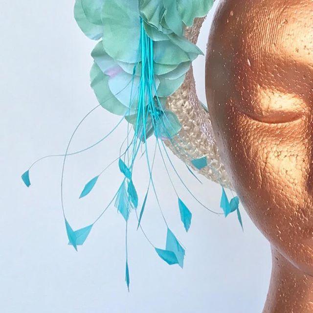 Blossom Blue Halo Hat #vintagefashion #racefashion