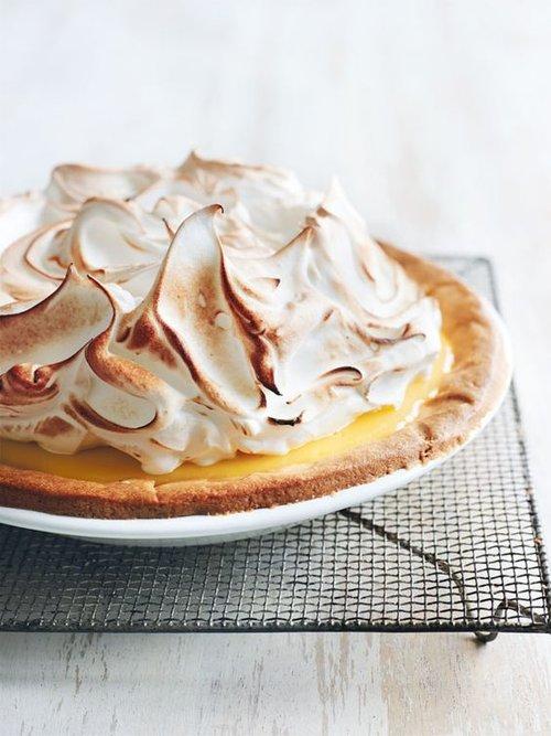 lemon+meringue+pie.jpg