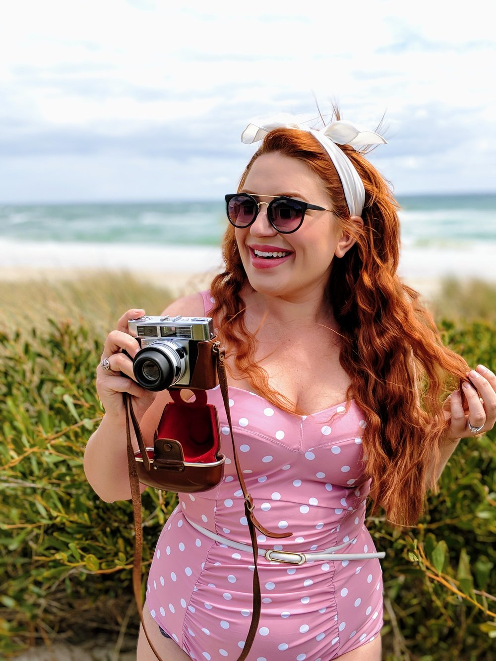 Welcome, - My name is Susie and I am Melbourne based curve model and blogger.On this blog you will find clothing reviews, retro stuff and various beauty experiments.Welcome to the club, drinks are free.Miss Sueky xx