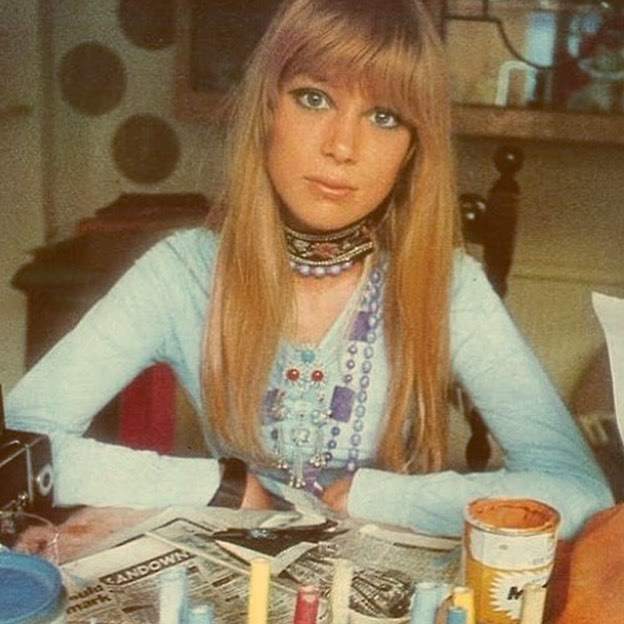 As many of you may know about Instagram's new change, please turn on post notifications to follow all of our behind the scenes, promos, giveaways, and daily inspiration!  💛 #pattieboyd #vintage #turnonpostnotification #smallbusiness