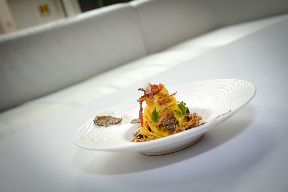 Fresh fettuccine with Girolles, Guanciale -
