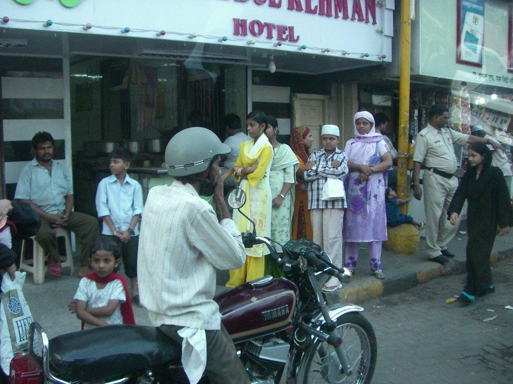 Streets of Mumbai4.JPG