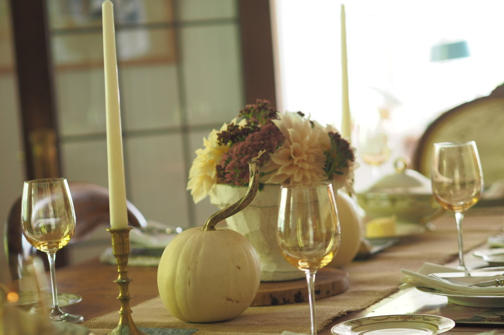 Thanksgiving table setting.JPG