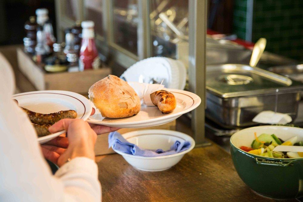 sternen-grill-restaurant-zuerich-service