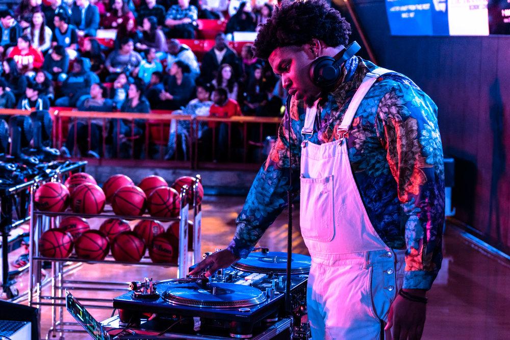 DJ: Marselus Cayton