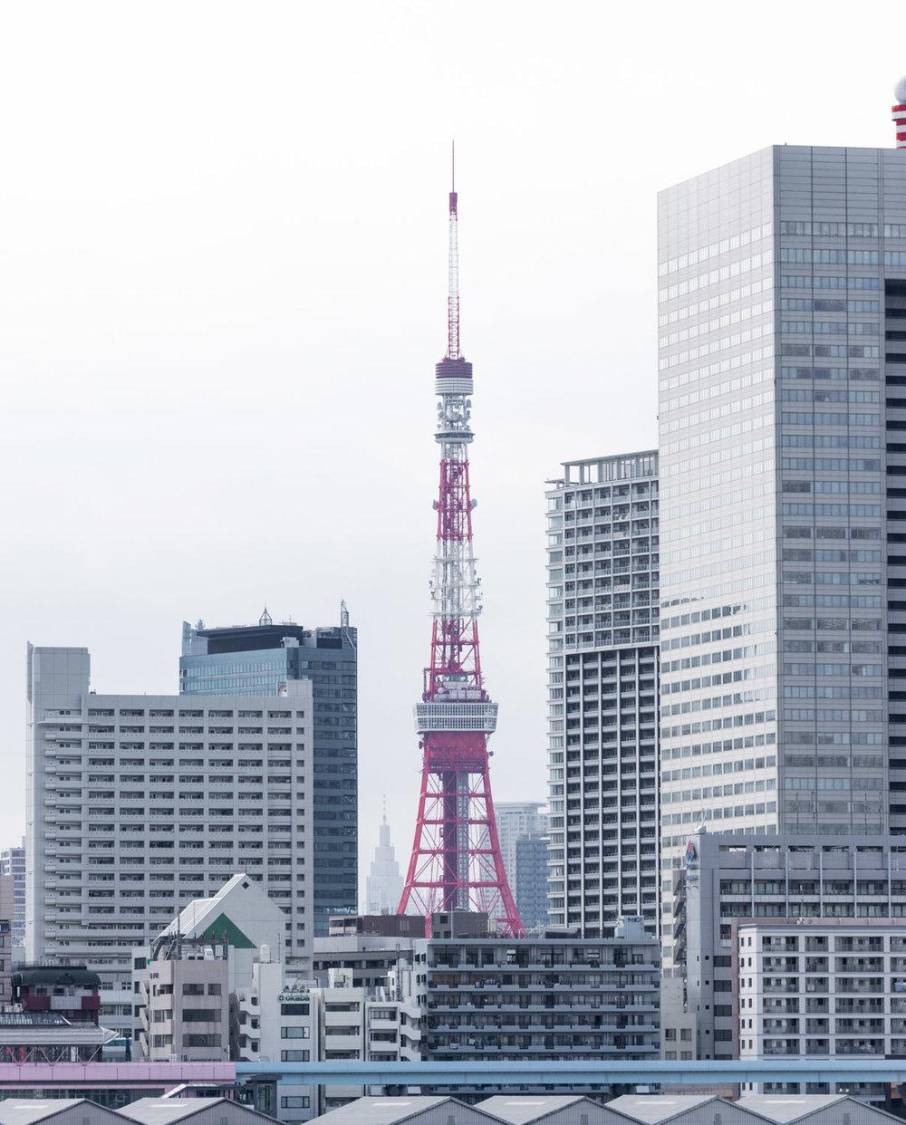 amaris-woo-tokyo-tower-cruise-japan